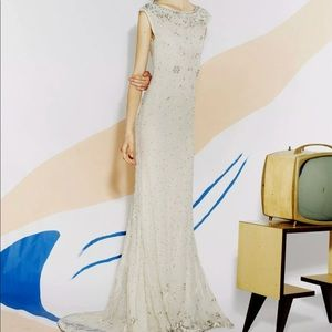 ALICE + OLIVIA CREAMY WHITE BEADED LACE DRESS